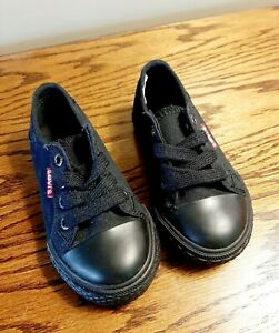 Levi's Toddler Boys 7 Medium Black Fashion Sneakers Fabric, New Without Box