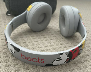 Beats by Dr.Dre beats Solo3 Wireless Disney Mickey Mouse 90th Anniversary