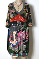 Kleid Gr. S/M schwarz-bunt Empire Kurzarm Shirt Kleid mit Blumen und Motiven