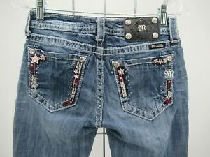 P2306 VTG Women's Miss Me Floral Embellished Cuffed Capri Jeans Size 27