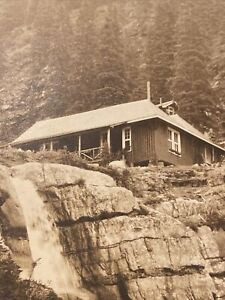 1910 LAKE AGNES TEA ROOM * Along the line of the Canada Pacific Railroad RPPC