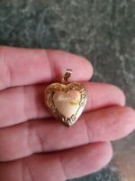 Beautiful Vintage 14K Gold Filled Etched Nana Heart Locket for Necklace DH