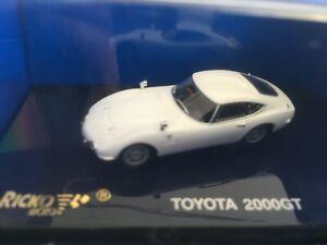 Toyota 2000 GT 38216 von Busch