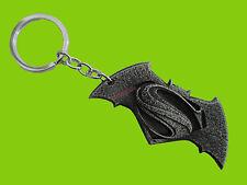 PORTE CLÉS MÉTAL BRUT GRIS - BATMAN VS SUPERMAN - keychain clefs