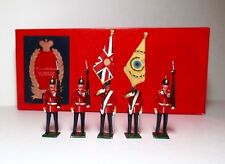 TRADITION Lead Toy Soldier Figure THE BUFFS COLOURS & ESCORT, BOXED SET Britains