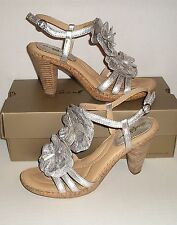 BORN CROWN Women's Silver Leather Flower Dress Heel Sandals Shoes 9 M /40.5 MINT