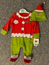 The Grinch ~ 2 Piece Set~ Sleepsuit ~ Hat ~ 0-3 Months Red