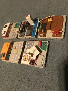Micro Machines  Travel City Play sets Lot Of 5/Incomplete