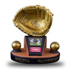 Yadier Molina Adam Wainwright Gold Glove Award SGA ST LOUIS CARDINALS 5000450