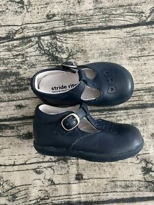 Stride Rite Emily T-Starp leather shoes Size 4.5