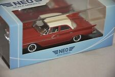 NEO 46460 - Chrysler Newport Limousine rouge / blanc - 1961   1/43