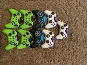 New controller key chain for game lovers - 9 ct.