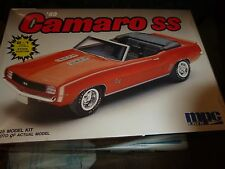 MPC 1969 CHEVY CAMARO SS CONVERTIBLE 2N1 1/25 Model Car Mountain Open