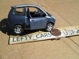 MAISTO THINK CITY Dark Blue CAR SCALE 1/87 (MISSING REAR HATCH) DIORAMAS!