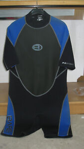 Bare Attack 2mm shorty, black and blue, mens XL