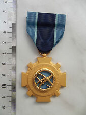 (A20-250) US Orden NASA Distinguished Service Original SELTEN