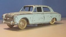 French Dinky Toys Peugeot 403 - 24B