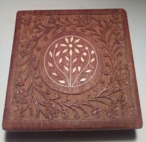 Large Wooden Jewelry Box/Trinket Box/Stash Box With Hinged Lid