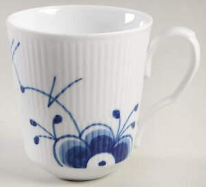 Royal Copenhagen Mega Blue Fluted Mug 11856253