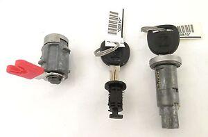 Genuine OEM GM Lock Cylinder Set Including Two Keys 2007-10 Saturn Sky 25795953