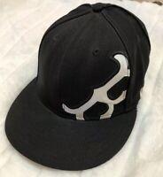 MLB Boston Red Sox Black Fitted Hat 7 3/8 Flat Bill 59fifty New Era Baseball