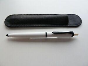 Pelikan K100 - Kugelschreiber - weiß -