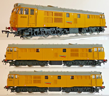 HORNBY 00 GAUGE - R3044X - CLASS 31 DIESEL 31233 NETWORK RAIL YELLOW DCC FITTED