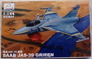80425 SE SAAB JAS-39 GRIPEN Plastic Model Kits  Assembled Aircraft 1/144