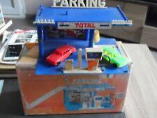JOUETS POLY MONACO – Garage Total (imcomplet) + 2 miniatures POLY BMW et MERCEDE