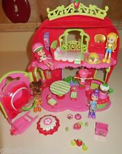 STRAWBERRY SHORTCAKE DOLL BERRY BITTY BAKERY HOUSE FURNITURE ACCESSORIES SET LOT