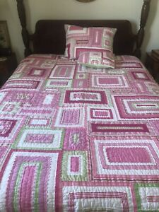 Pottery Barn Kids Katie Patchwork Twin Quilt with Sham and Decorative Pillow