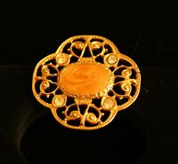 BROOCH vintage -- beautiful brooch with rhinestones, gold-tone metal  --