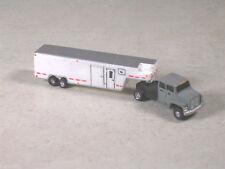 N Scale 2001 Gray Ford Semi w/Dual Axle White Horse Trailer, #7