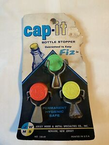VINTAGE RETRO NOS CAP-IT BOTTLE STOPPERS 3IN CARD
