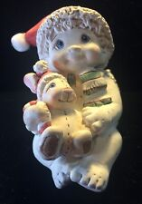 "Dreamsicles Figurine "" Snuggle Up "" #11320 . Signed . 2000"