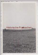 (F8454) Orig. Foto Ballon aus Erfurt am Horizont, ev. Landung auf Feld, 20.3.193