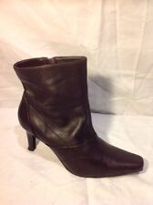 Clarks Brown Ankle Leather Boots Size 4.5