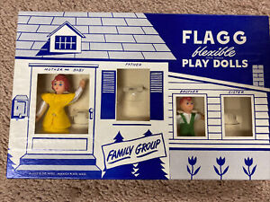 """1950s Flagg Family 4-1/4""""  poseable dollhouse dolls Mother Brother New-read Des"""