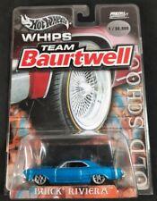 Hot Wheels Whips Team Baurtwell Blue Buick Riviera 1: 30,000