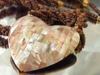 Vintage 70's HUGE Mother Of Pearl Heart Twisted Three Strand Nice Necklace 526M1