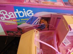 Vintage Barbie 1988 Magic RV Motor Home w/Detachable Van. Missing pieces.