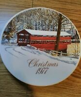 1977 SMUCKERS of Strawberry Lane Collector's Christmas Plate - David Coolidge