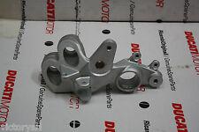 Porta Pedana Anteriore Dx per Ducati Multistrada 1000/1100 Cod 82420711A