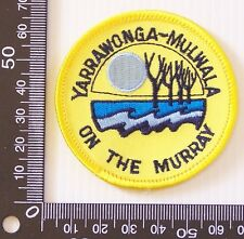 VINTAGE YARRAWONGA MULWALA EMBROIDERED SOUVENIR PATCH WOVEN CLOTH SEW-ON BADGE