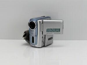 SONY HANDYCAM DCR-PC106E CAMCORDER MINI DV DIGITAL TAPE VIDEO CAMERA