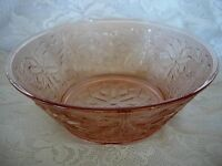 Beautiful Pink/Peach Daisy Sandwich Glass Serving Bowl-MORE AVAILABLE