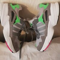 ADIDAS TORSION TRAINER GREY MIX  GREEN &PINK SIZE UK3, EUR35.5 CONDITION USED