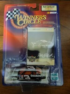 1/64 DALE EARNHARDT SR #3 GM GOODWRENCH SERVICE 1989 WINNERS CIRCLE NASCAR