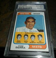 1974 Topps #179 Signed NEW YORK METS Yogi Berra Manager Card Autograph PSA/DNA