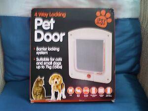 Pet door 4 way